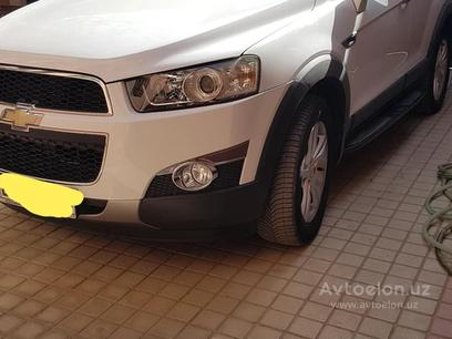 Chevrolet Captiva, 2 pozitsiya 2013 года за 18 000 у.е. в Toshkent