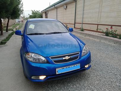 Chevrolet Lacetti, 1 pozitsiya 2015 года за 9 500 у.е. в Asaka tumani