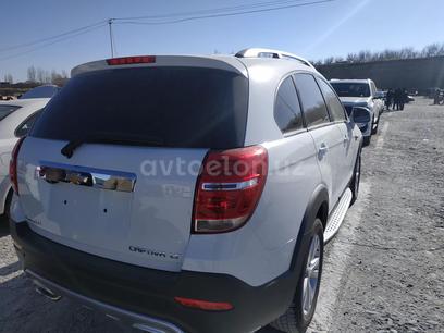 Chevrolet Captiva, 4 позиция 2018 года за 25 000 y.e. в Самарканд – фото 2