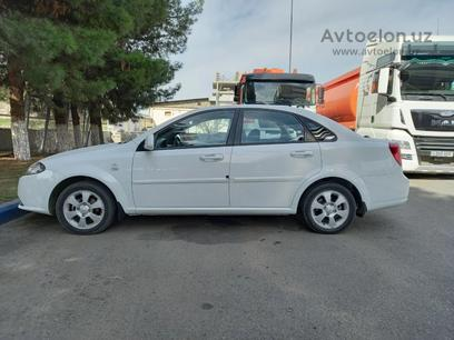 Chevrolet Lacetti, 3 позиция 2018 года за 12 000 y.e. в Ташкент – фото 2