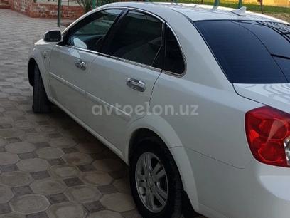 Chevrolet Lacetti, 3 pozitsiya 2012 года за 7 800 у.е. в Muzrabot tumani – фото 7