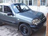 Chevrolet Niva 2004 года за 5 500 у.е. в Norin tumani