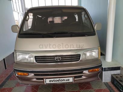 Toyota HiAce 1996 года за 5 550 y.e. в Бухара