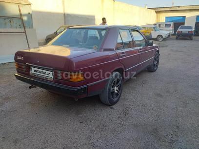 Mercedes-Benz 190 1985 года за 2 000 y.e. в Навои