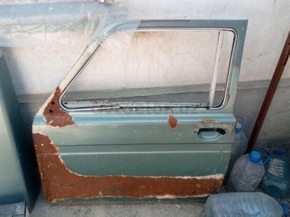 Водительскя дверь для НИВЫ2121 за 25 y.e. в Кибрайский район