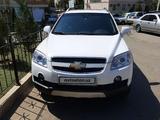 Chevrolet Captiva, 4 pozitsiya 2008 года за 12 200 у.е. в Toshkent