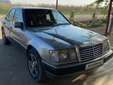 Mercedes-Benz E 230 1992 года за 5 600 у.е. в Buxoro