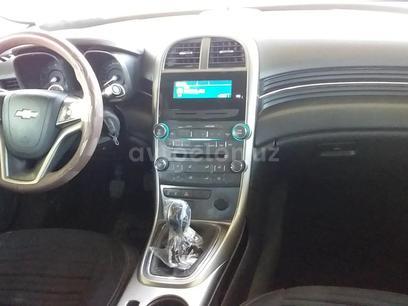 Chevrolet Malibu, 2 позиция 2013 года за 13 500 y.e. в Ургенч – фото 4