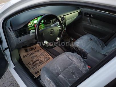 Chevrolet Lacetti, 1 pozitsiya 2019 года за 11 000 у.е. в Urganch