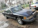 Lincoln Town Car 1992 года за 4 000 y.e. в Навои