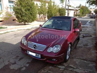 Mercedes-Benz C 200 2004 года за 13 000 у.е. в Toshkent