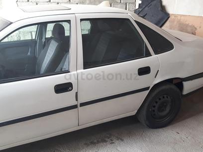 Opel Vectra 1988 года за 2 500 y.e. в Фергана – фото 18
