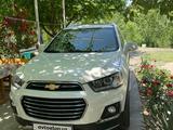 Chevrolet Captiva, 4 pozitsiya 2016 года за 23 000 у.е. в Samarqand