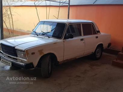 VAZ (Lada) 2107 1983 года за 1 100 у.е. в Kosonsoy tumani