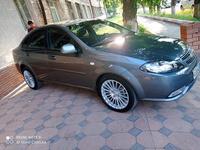 Chevrolet Lacetti, 2 pozitsiya 2015 года за 9 500 у.е. в Toshkent
