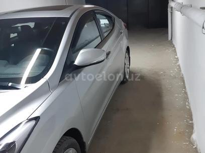 Hyundai Elantra 2012 года за 16 000 у.е. в Toshkent