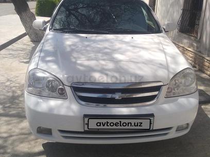 Chevrolet Lacetti, 1 позиция 2011 года за 5 800 y.e. в Пайарыкский район