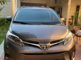 Toyota Sienna 2017 года за 30 000 у.е. в Toshkent