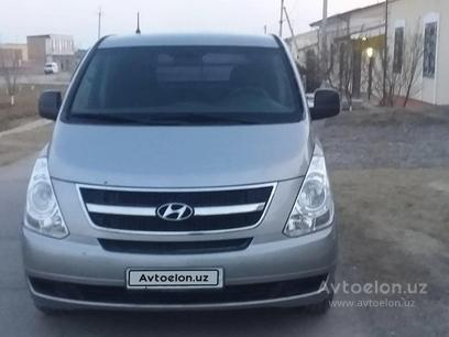 Hyundai Starex 2014 года за 12 500 у.е. в Namangan