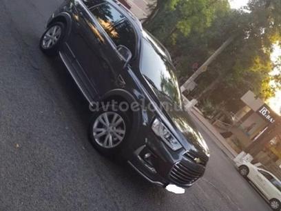 Chevrolet Captiva, 4 позиция 2017 года за 24 000 y.e. в Ташкент