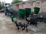 Traktor chizili в Pastdarg'om tumani