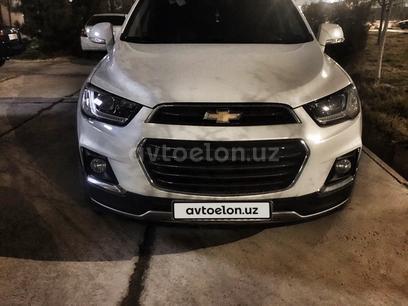 Chevrolet Captiva, 4 позиция 2015 года за 21 200 y.e. в Ташкент