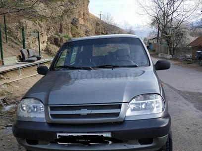 Chevrolet Niva 2006 года за 5 000 у.е. в Bo'stonliq tumani – фото 7