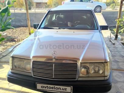 Mercedes-Benz E 300 1986 года за 5 000 y.e. в Шаватский район
