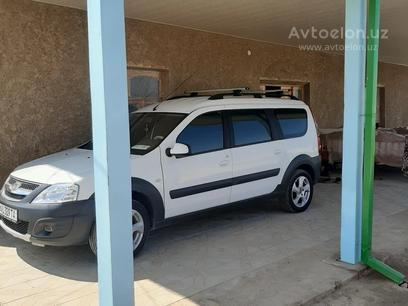 ВАЗ (Lada) Largus 2019 года за 13 500 y.e. в Самарканд