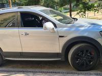 Chevrolet Captiva, 3 pozitsiya 2014 года за 16 000 у.е. в Toshkent