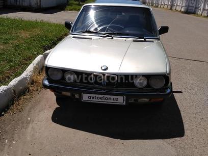 BMW 520 1983 года за 1 800 у.е. в Toshkent
