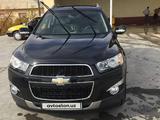 Chevrolet Captiva, 2 pozitsiya 2013 года за 15 500 у.е. в Sherobod tumani