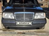 Mercedes-Benz E 300 1993 года за 10 000 y.e. в Навои