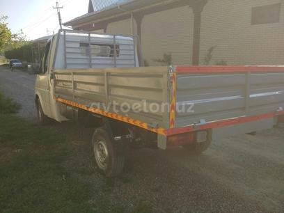 Ford  Qata jixoz ford bortli 1988 года за 4 800 y.e. в Наманган