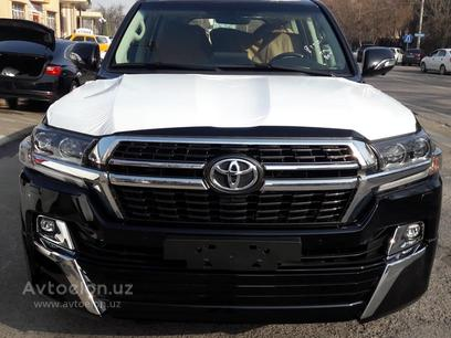 Toyota Land Cruiser 2021 года за 132 000 у.е. в Toshkent