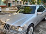 Mercedes-Benz C 180 1993 года за 6 000 y.e. в Ташкент