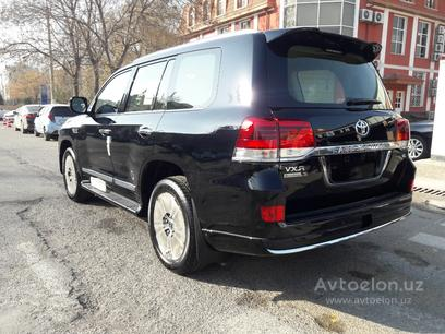 Toyota Land Cruiser 2021 года за 132 000 у.е. в Toshkent – фото 3