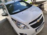 Chevrolet Spark, 2 pozitsiya 2015 года за ~6 138 у.е. в Urganch