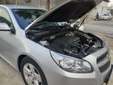 Chevrolet Malibu, 1 pozitsiya 2012 года за ~11 417 у.е. в Termiz