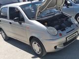 Chevrolet Matiz, 1 позиция 2006 года за ~2 284 y.e. в Ургенч