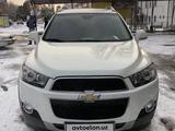 Chevrolet Captiva, 1 pozitsiya 2011 года за 13 800 у.е. в Chust tumani