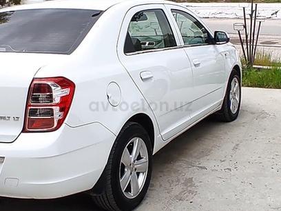 Chevrolet Cobalt, 2 pozitsiya 2015 года за 8 500 у.е. в Urgut tumani