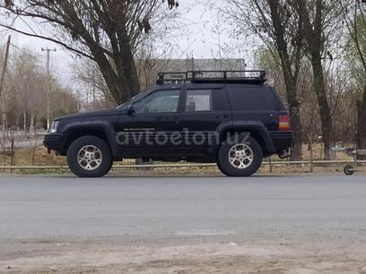 Jeep Grand Cherokee 1996 года за 11 000 y.e. в Ургенч