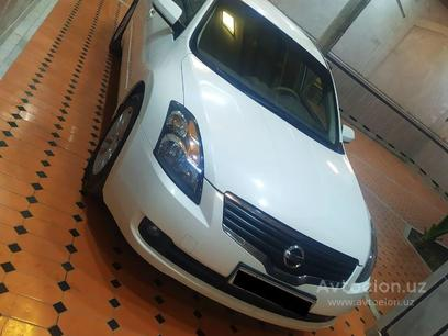 Nissan Altima 2008 года за 9 500 у.е. в Namangan