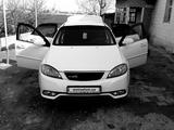 Chevrolet Lacetti, 2 позиция 2011 года за 8 500 y.e. в Узунский район