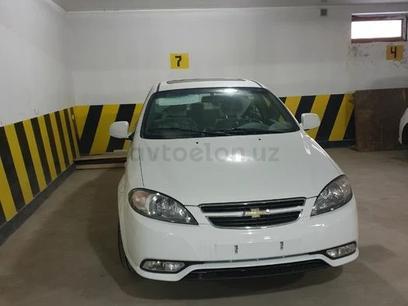 Chevrolet Lacetti, 3 pozitsiya 2021 года за 14 400 у.е. в Toshkent