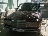 Mercedes-Benz E 200 1983 года за ~1 230 y.e. в Фаришский район