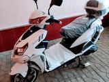 Honda  Elektro Skuter 1500W 72V/20A 2020 года за 1 400 y.e. в Андижан
