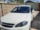 Chevrolet Lacetti, 1 pozitsiya 2020 года за 12 500 у.е. в Nurafshon