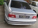 BMW 520 1996 года за 7 500 у.е. в Samarqand